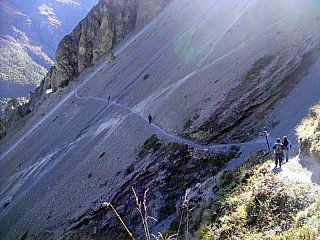 Additional Day 1 | Landslide Area on way to Tilicho Lake