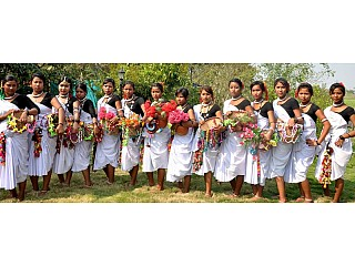Local Tharu group at the Haweli for cultural performances