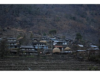 Houses on the way from Arkhale Bensi to Siurung