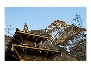 Muktinath temple below Nilgiri Mountain