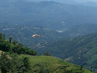 Paragliding in Jarsing Pauwa