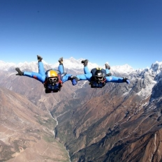 Sky dive at everest region