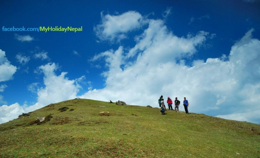 Trekking Around Barpak