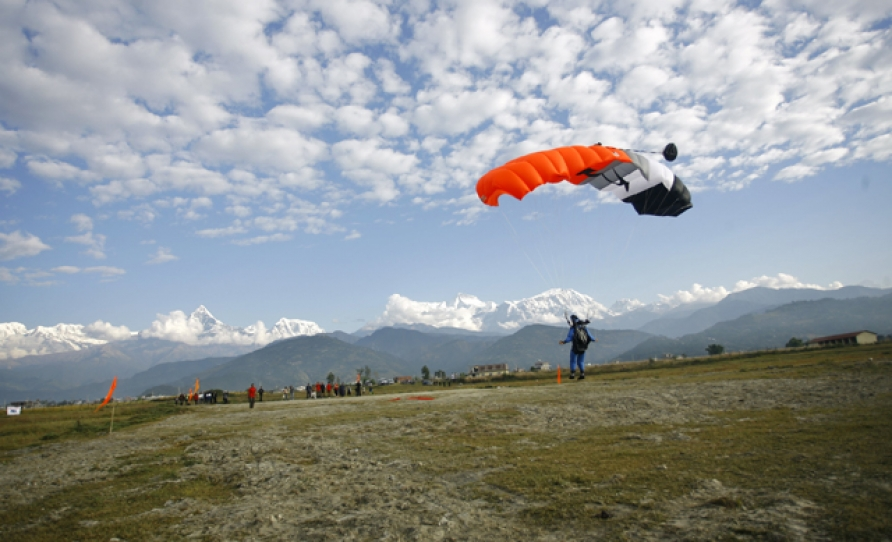 Sky dive in Pokhara Nepal