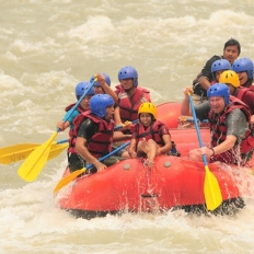 Ready for Rapid at Trishuli River